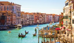 Venice: Foundation Details of the Biggest Floating City in the World