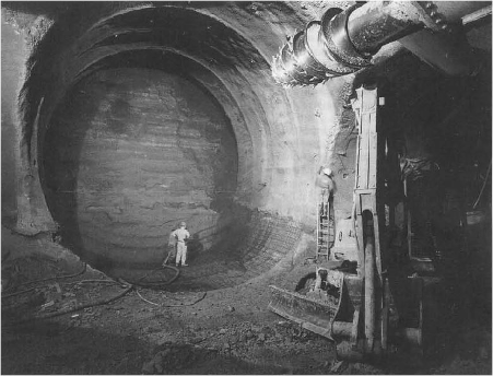 Excavating tools for channel tunnel