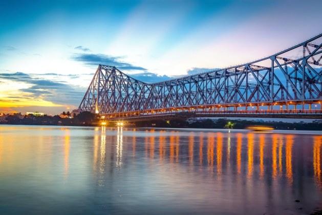 Howrah Bridge: Construction  of the Longest Cantilever Bridge in India