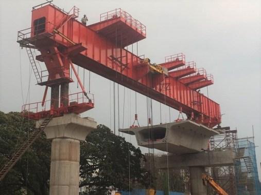 Elevated viaduct in Delhi metro