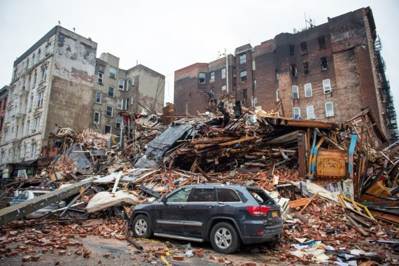 Collapse of building in New York city