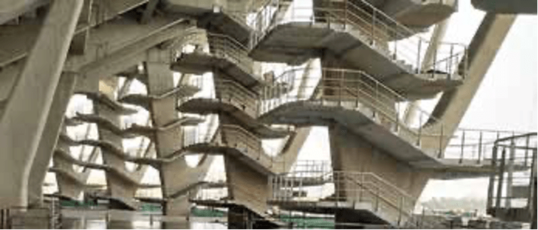 Vomitory staircases at HY columns