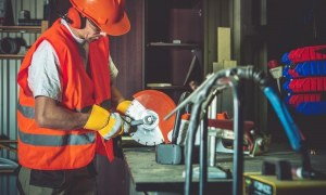 Equipment Maintenance Management on Construction Sites with 7 Strategies