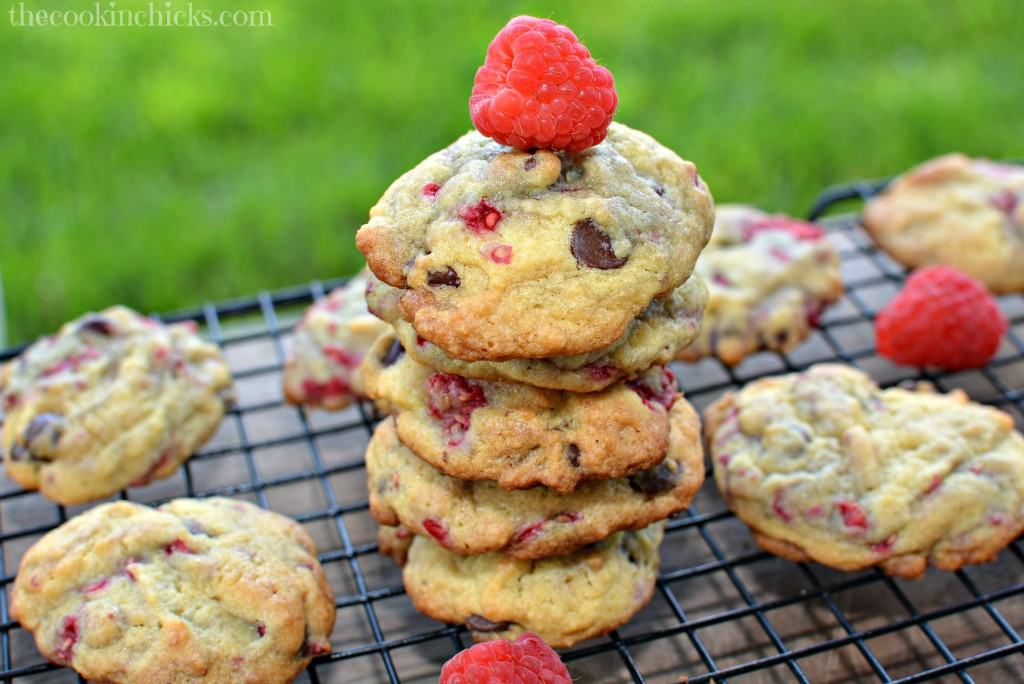 Raspberry Chocolate Chip Cookies
