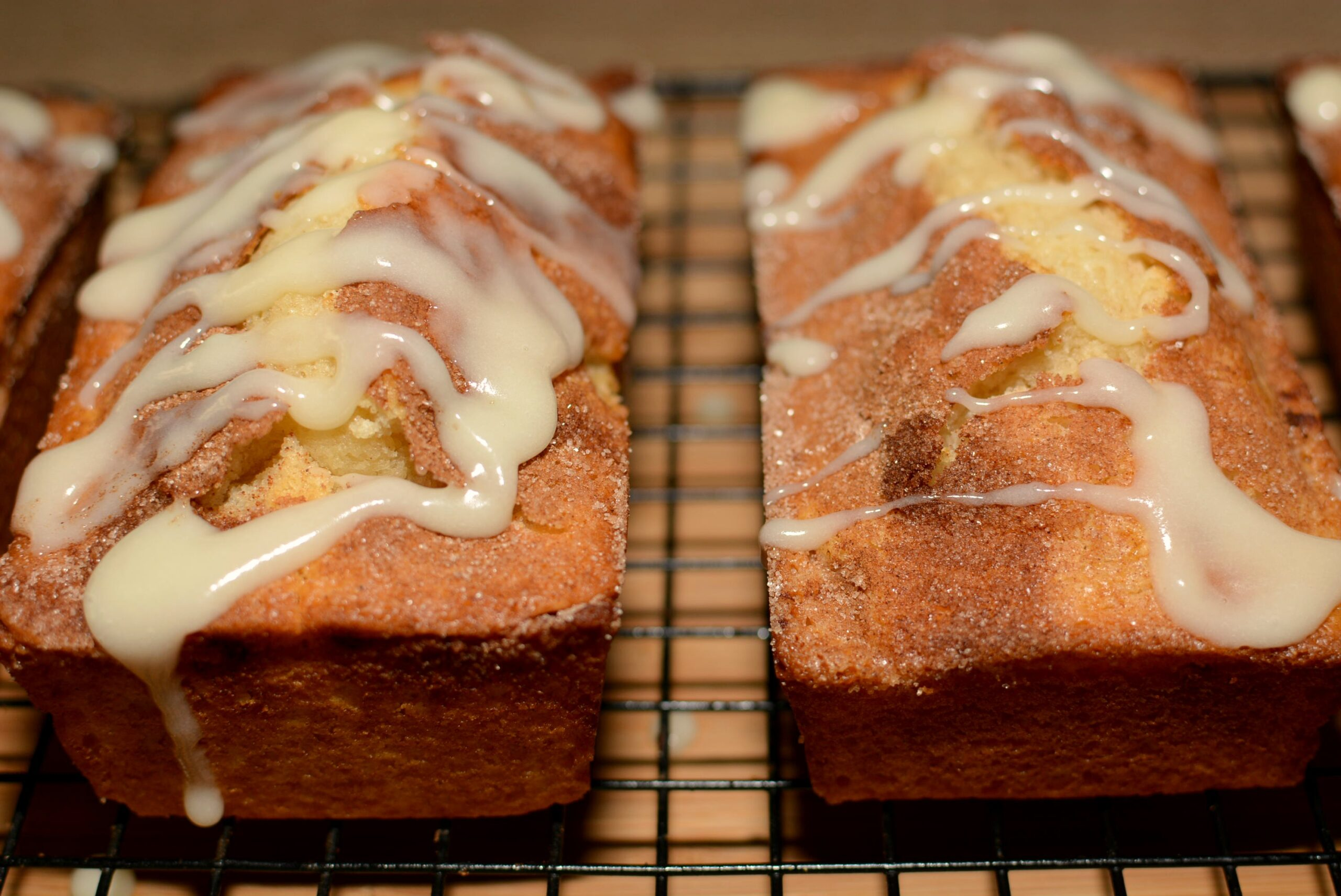 Cinnamon Roll Quick Bread The Cookin Chicks