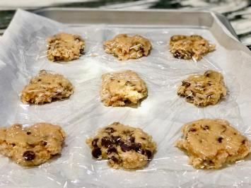 Soft-batched Chocolate Chip Cookies6