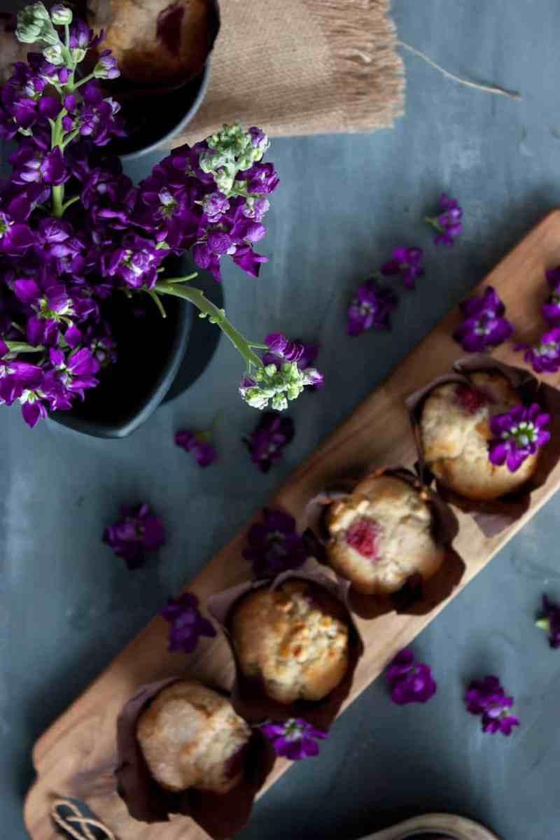 Como hacer muffins de frambuesa y chocolate blanco