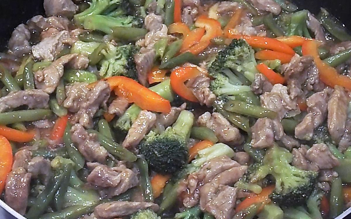 Teriyaki Pork, Broccoli and Green Beans