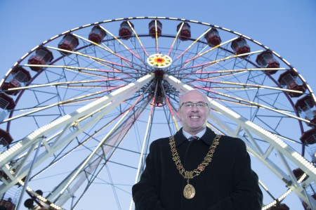 free pic no repro fee     GMC25112016  Deputy Lord Mayor Cllr Joe Kavanagh  at the opening of GLOW, Cork Christmas Celebration on the Grand Parade which is presented by Cork City Council and runs every weekend until Sunday December 18th. See www.glowcork.ie Pictures Gerard McCarthy 087 8537228  More Info contact Eimear O'Brien PR    eimear@eimearobrienpr.ie    086 8900364