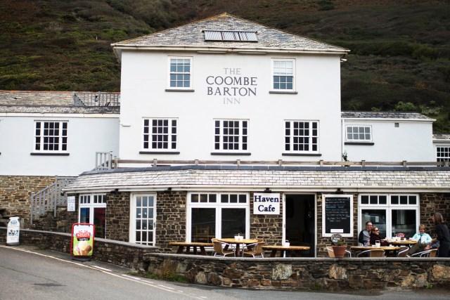 The Coombe Barton Inn Crackington Haven   The Cornish Dog