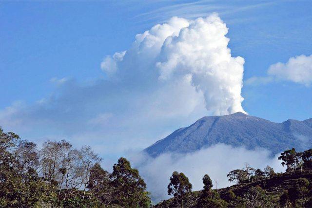 AVISO MARCO TEMPORAL 20-40 DIAS Turrialba-Volcano-recent-eruption