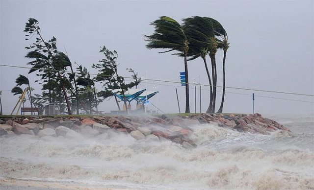 Cyclonic winds vary their speed depending on their power.