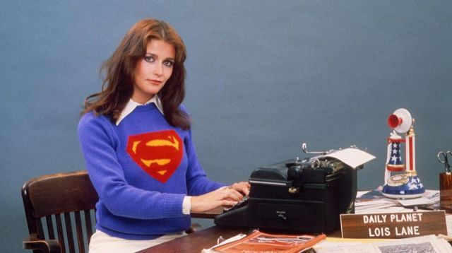 Margot Kidder played the ever-daring Lois Lane, reporter of Daily Planet and Superman's girlfriend in 4 of this franchise's movies.