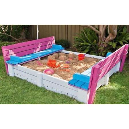 Outdoor Pallet DIY Project 12