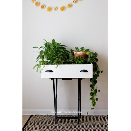 Unique and Useful Upcycled Drawer DIY Projects