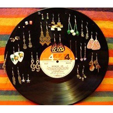 Vinyl Record Home Decor DIY Project 10