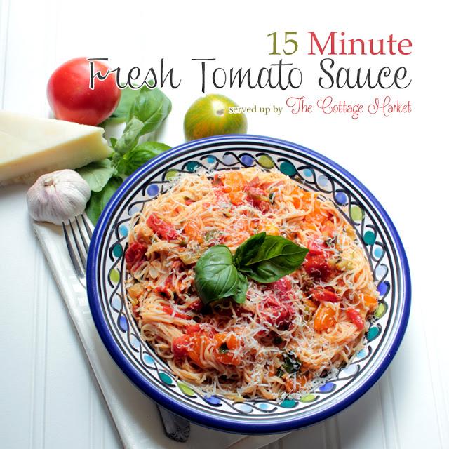 15 minute Fresh Tomato Sauce with pasta