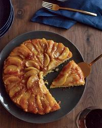 201011-r-apple-upside-down-cake
