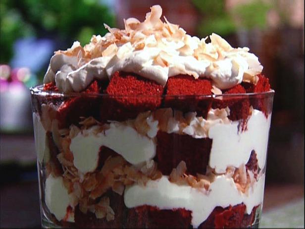 AI0313_No-Recipe-Recipe-Red-Velvet-Trifle_s4x3_lg