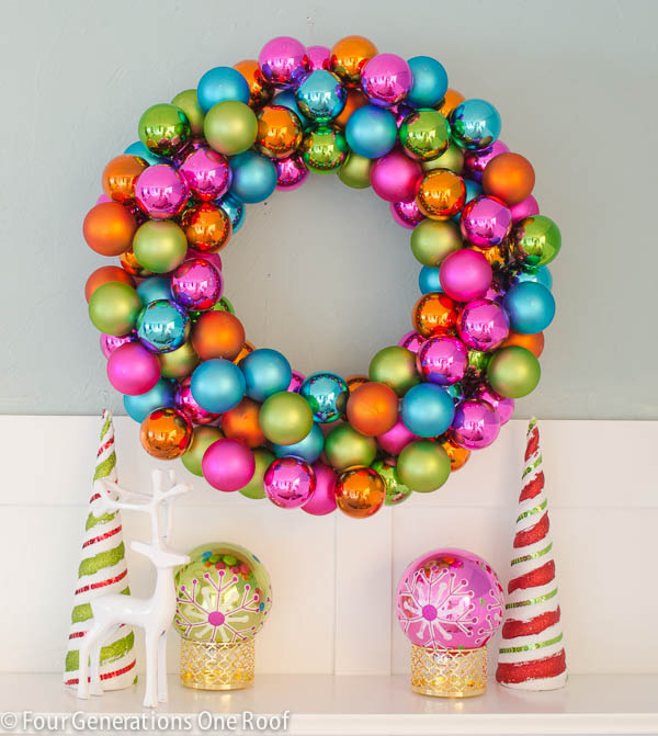 How-to-make-an-ornament-wreath-4