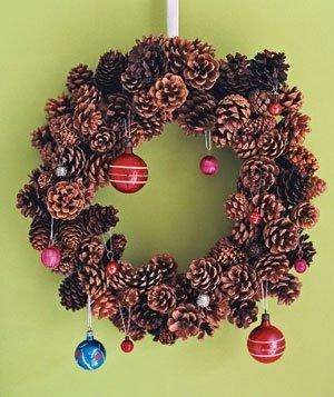 pine-cone-wreath-8_300