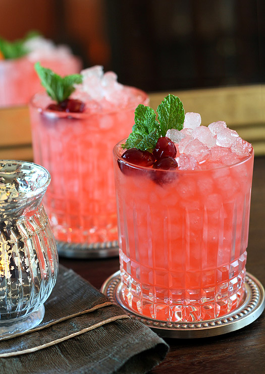 cranberry-cocktail-candle