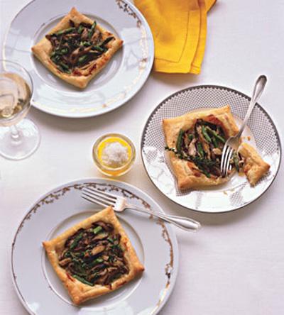 Bon Appetit...Asparagus and Mushroom Tart