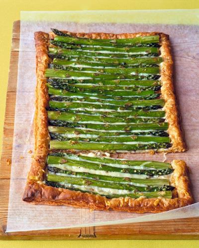Martha Stewart...Asparagus & Gruyere Tart