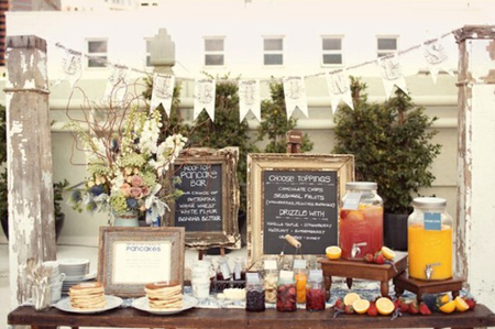 Say good morning to your graduation party with a pancake bar for your guests