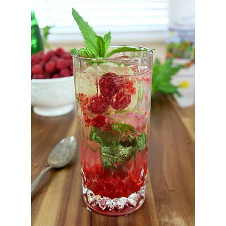 Creative Culinary Recipes...Raspberry Martini Mojito