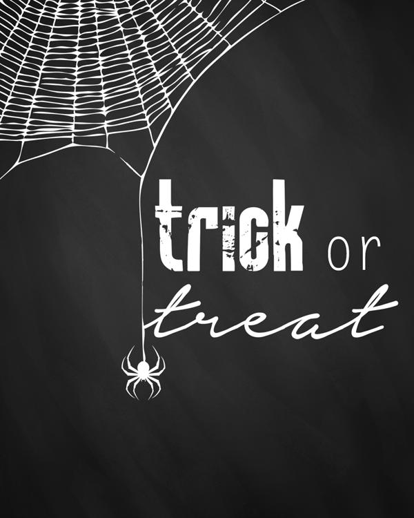 Preview-TCM&TSCC-HalloweenChalkboardPrintables-TrickorTreat-1
