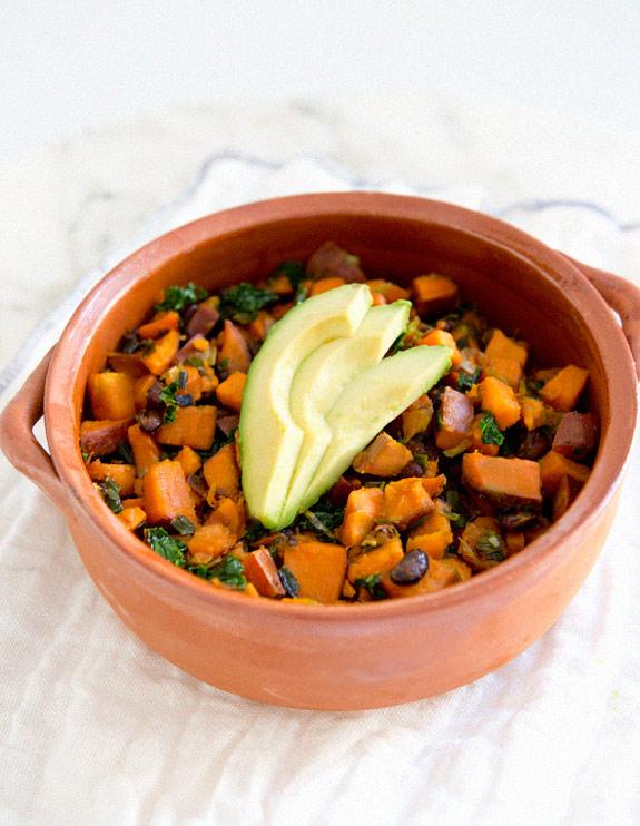 sweet_potato_kale_black_bean_hash_sarahyates1