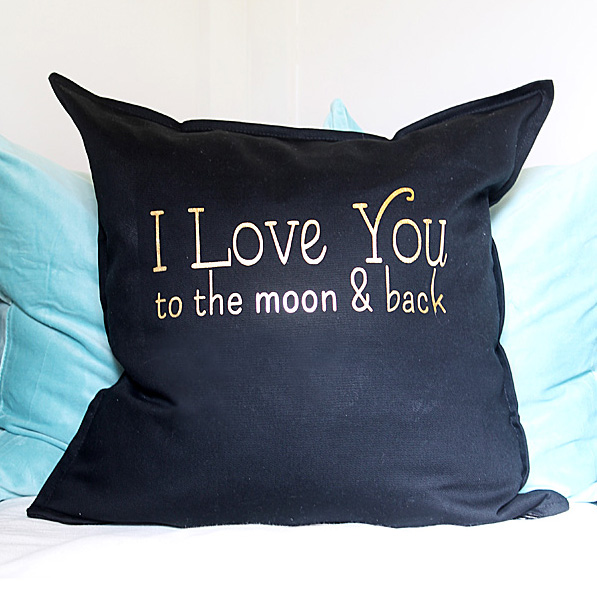 I-love-you-to-the-moon-and-back-pillow-with-free-graphic