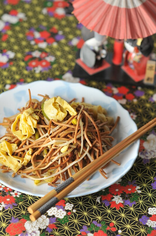 scaled-Japanese-Canadian-Chow-Mein-1