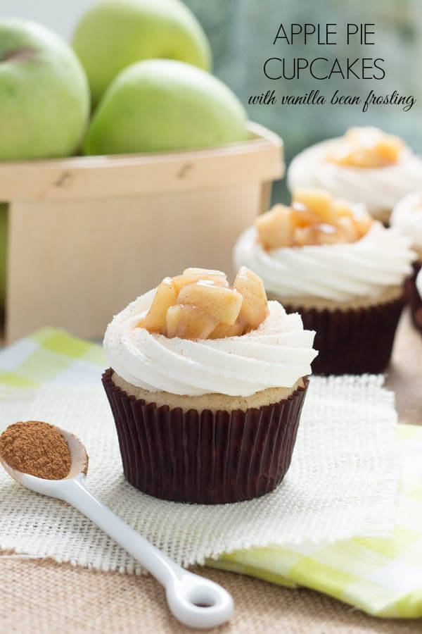 Apple_Pie-Cupcakes-with-Vanilla_bean-Frosting