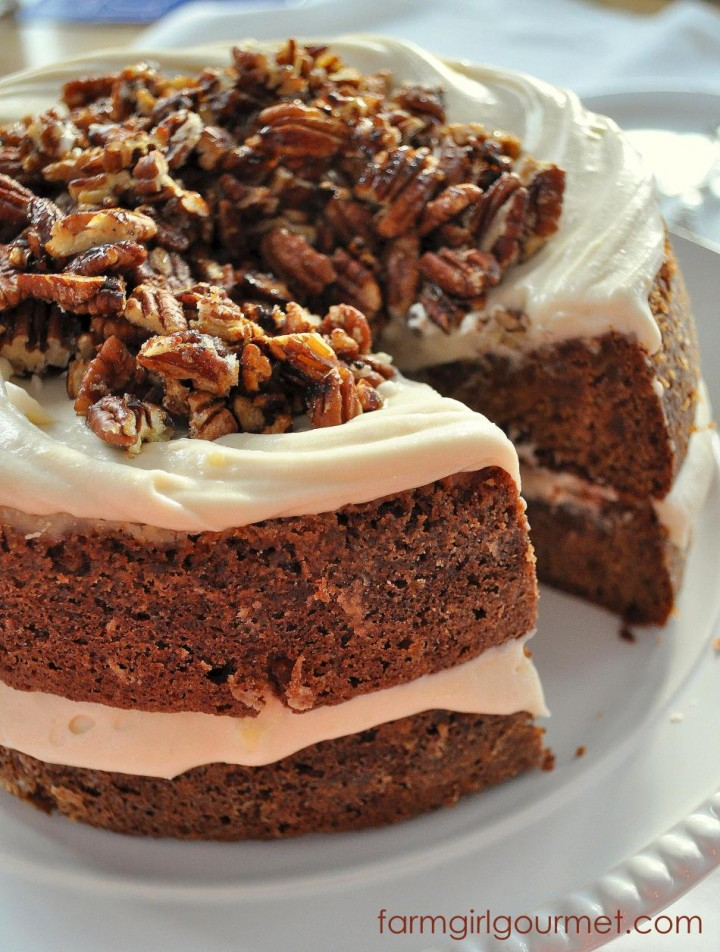 Caramelized-Apple-Spice-Cake-with-Brie-Icing