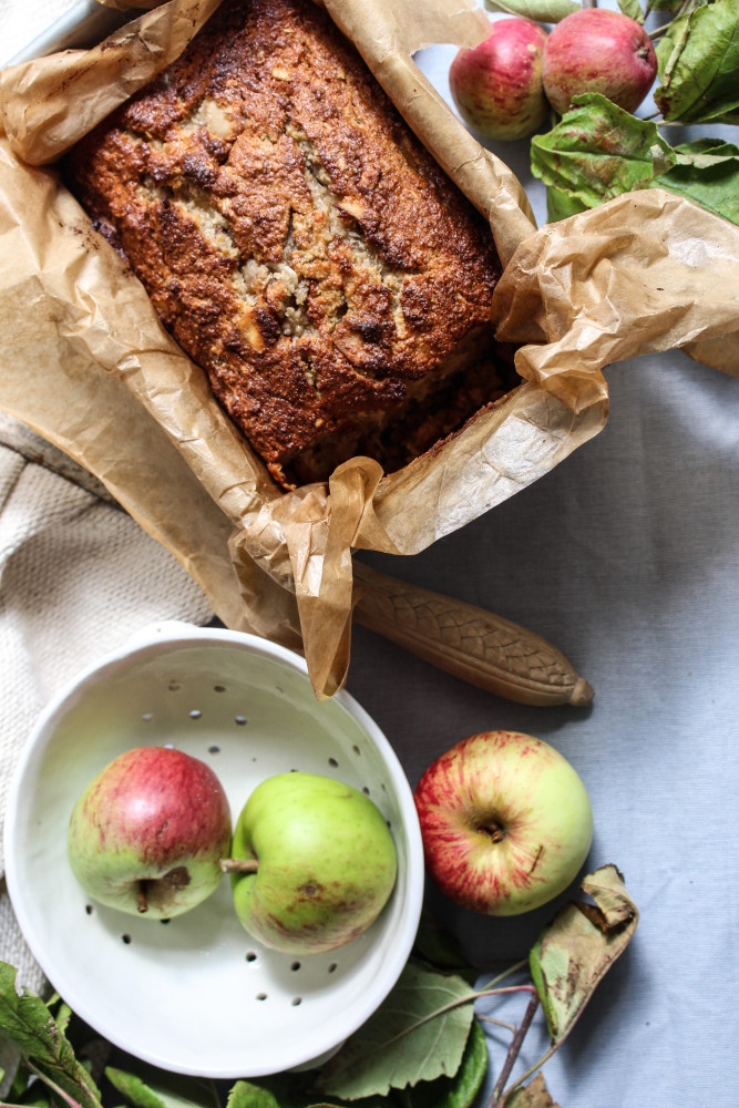 apple-banana-cake-paleo-1-4-667x1000