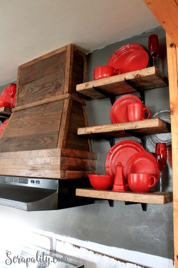 Open-Shelving-in-Kitchen-with-Hood