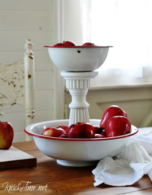 Enamelware-Bowls-Tiered-Stand-KnickofTime.net_