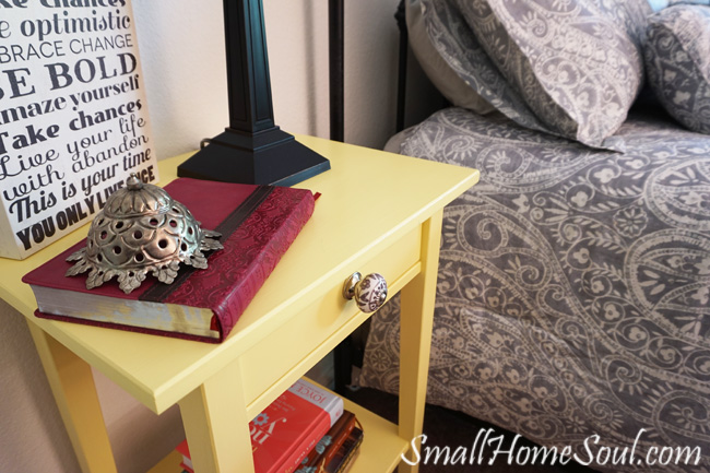 Ikea-Nightstands-Hack-Knobs