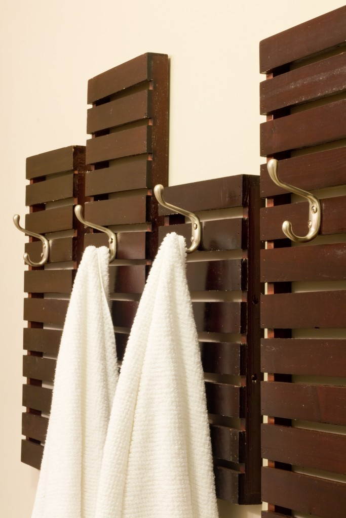bath-towel-rack-1-1-of-1-683x1024