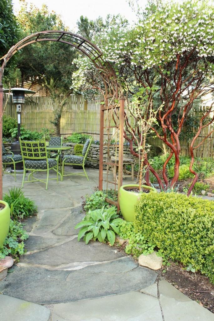 looking-into-patio-683x1024