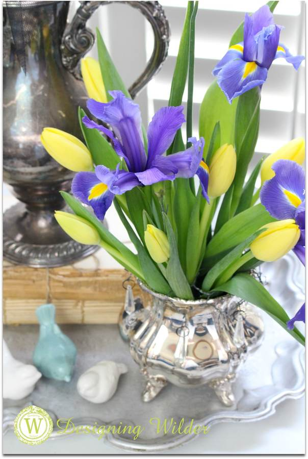 silver-vase-with-bonnet-and-flowers-3