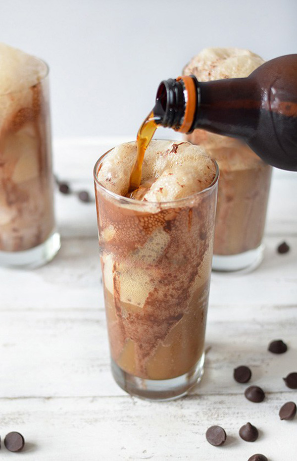 Crazy Awesome Root Beer Float Recipes - The Cottage Market