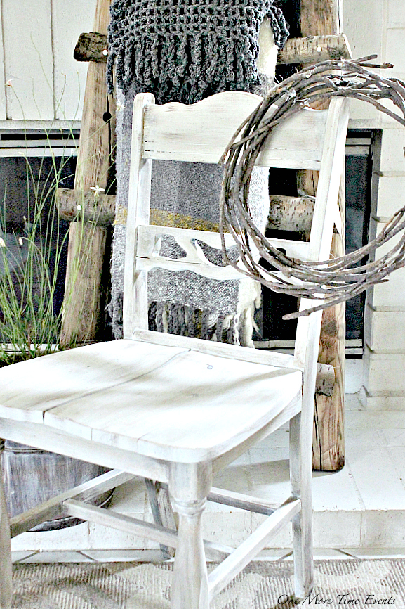 DIY-Refinished-Wooden-Chair-decorated-for-Fall