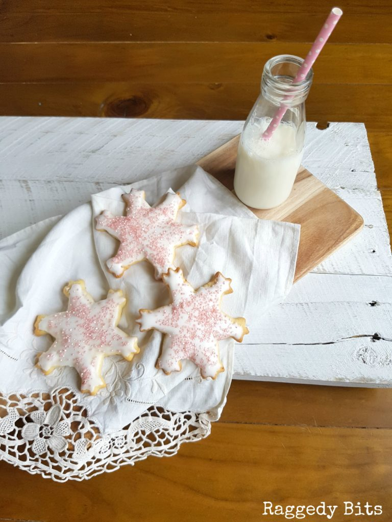 Pink-Sparkle-Snowflake-Cookies-7-768x1024
