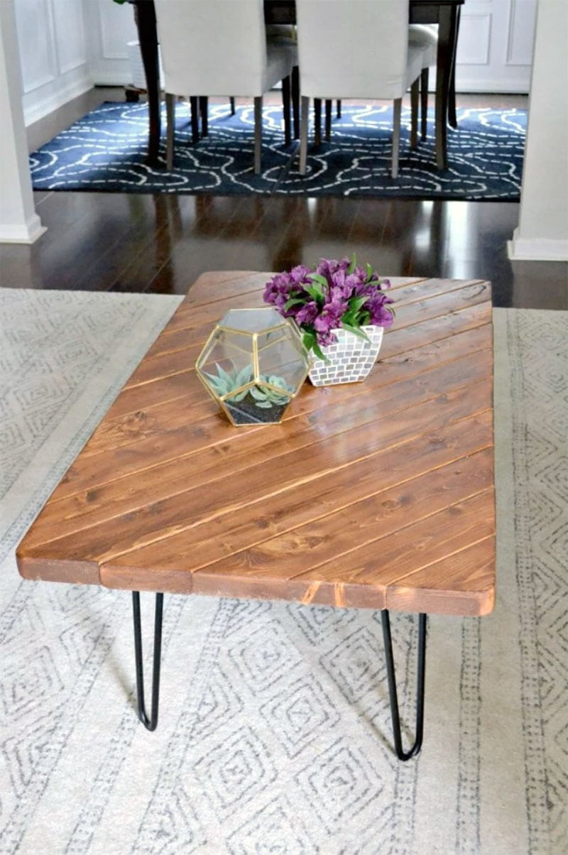 It is truly amazing how many Easy and Beautiful Budget Friendly Farmhouse Projects You Can Build With 2X4s! They are inexpensive, easy to find and work like magic in so many building projects.