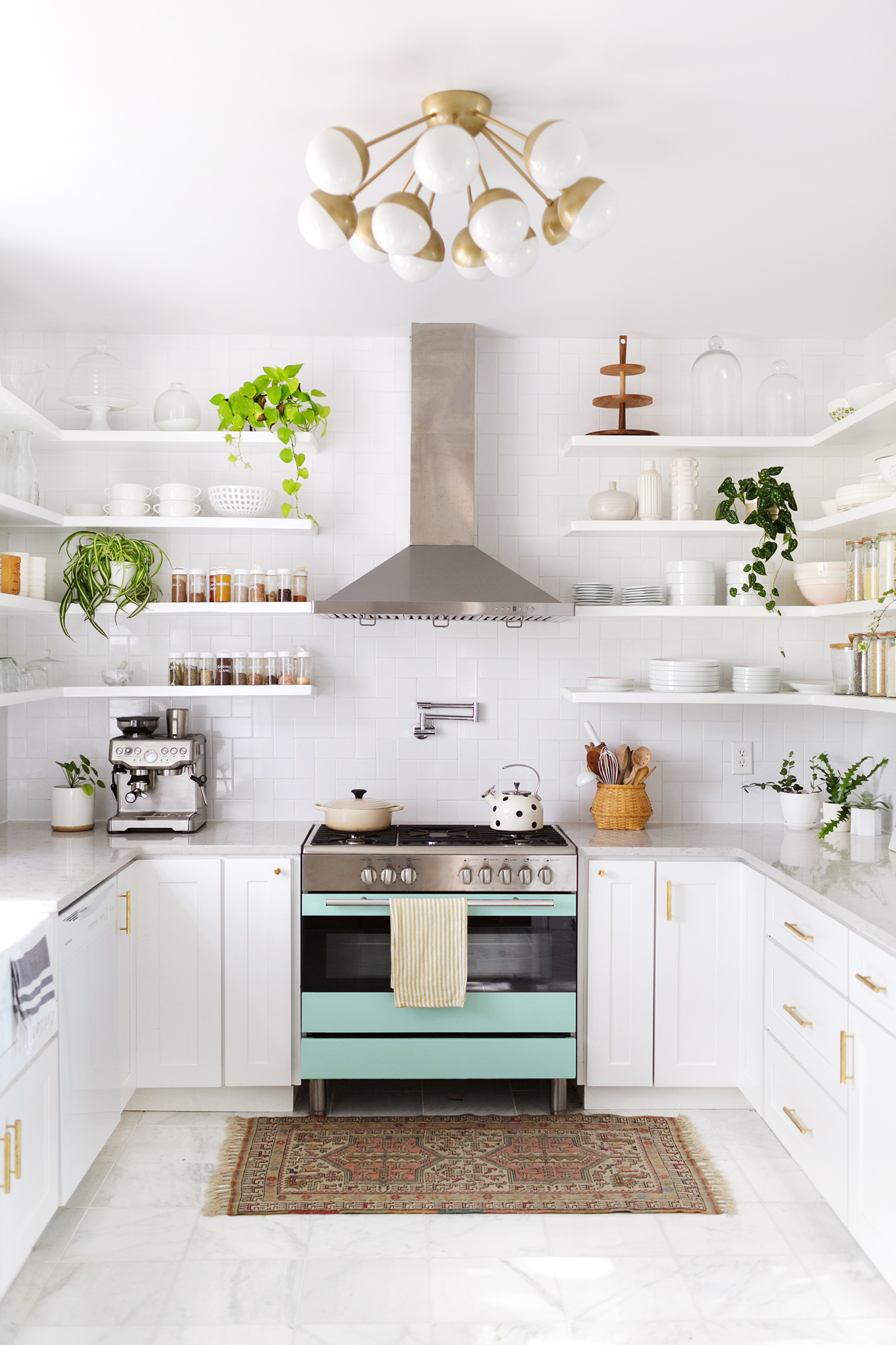 You are going to adore this Collection of Dream Kitchens and they are going to leave you breathless my friends! There is something for everyone! You will get tons of ideas and inspiration!