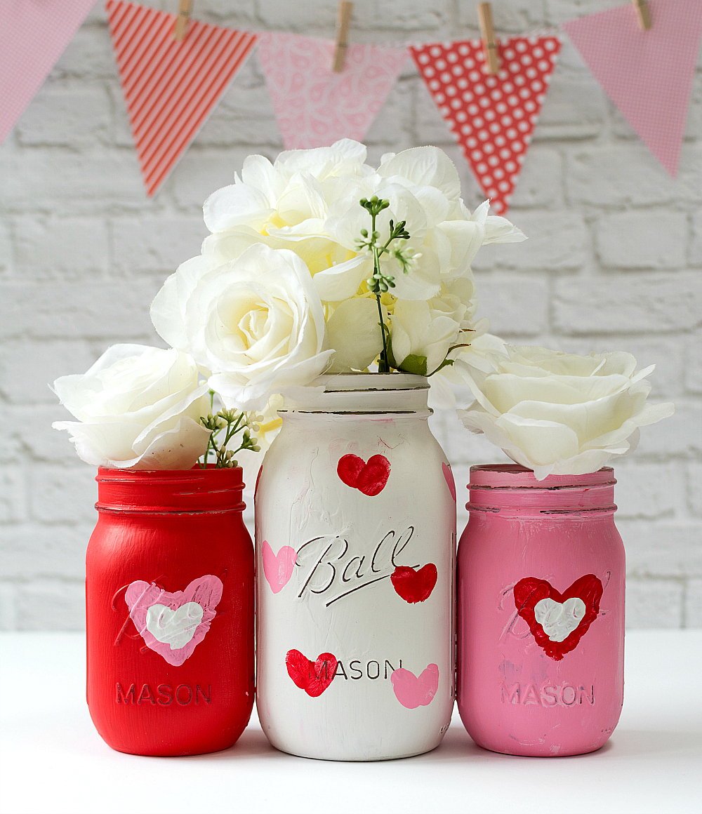 Nothing says Valentine's Day Like some Valentine's Day Mason Jar DIY Creations.  All of these cuties will tell someone how Loved they are.