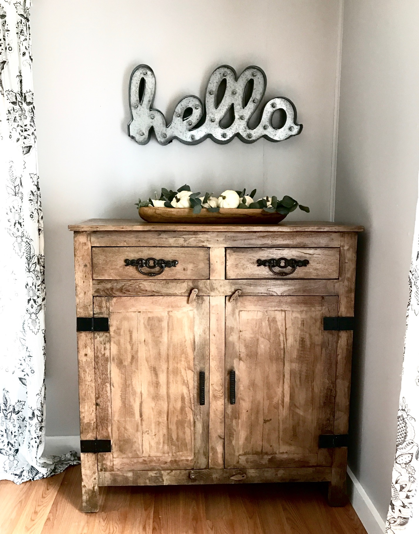 This stunning farmhouse dresser is far from missable in the corner - it's a fabulous DIY that any farmhouse lover would want